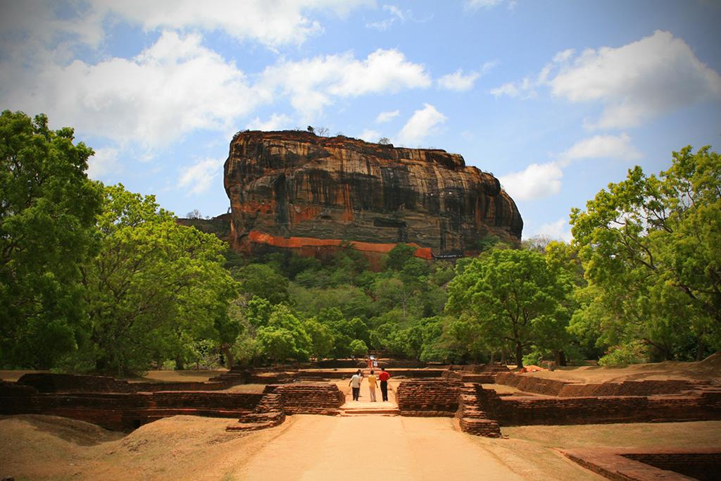 Sigiriya gardens