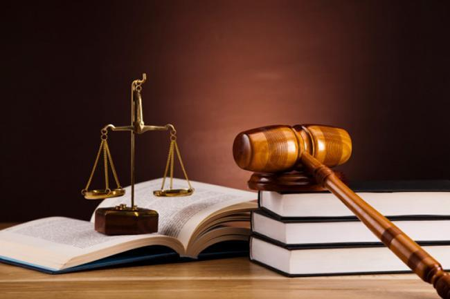 Est-il obligatoire de recourir à un avocat pour divorcer?